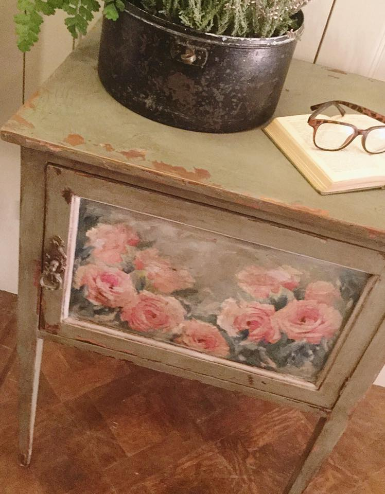 Pretty decoupage one afternoon…