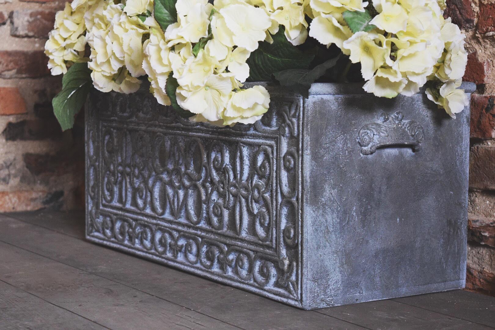 Decorative Ironwork Embellishment with Annie Sloan Chalk Paint & Saltwash